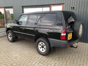 Toyota Landcruiser zwart blindering ramen