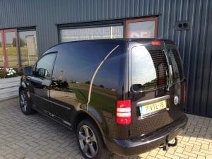 Volkswagen Caddy zwart blindering ramen