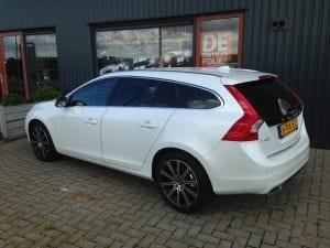Volvo V60 wit blindering ramen
